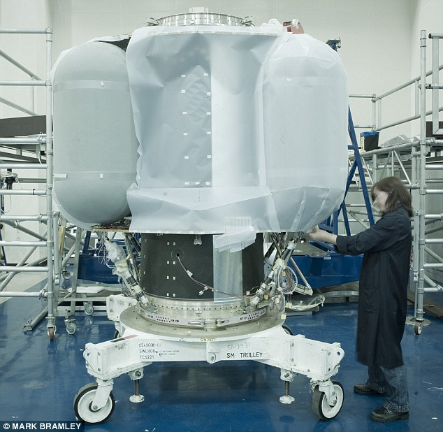 The rocket and fuel tanks of the Lisa Pathfinder satellite